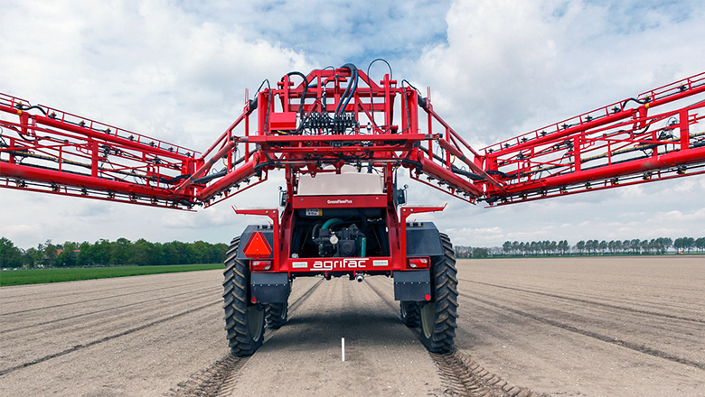 Agrifac horticulture field sprayer with Sentech hall sensors