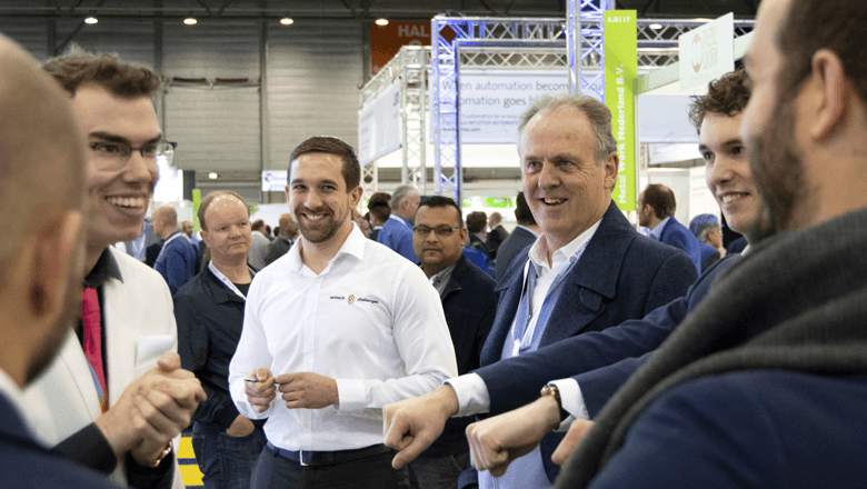 Magician amazed visitors at Automation 2019